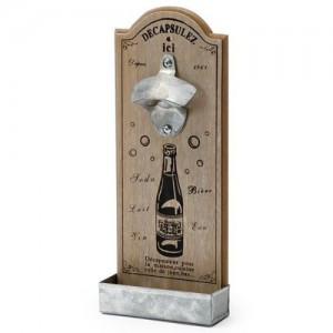 Lustiger Flaschenöffner aus Holz