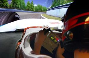 Einmal im echten Cockpit eines Formel 1 Wagens sitzen