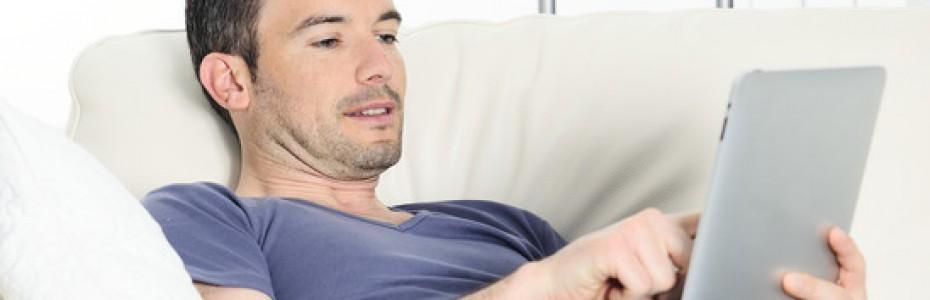 Technik-Geschenke wie Smartphones sind beliebt.